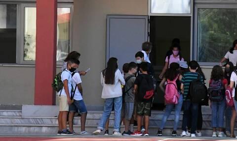 Δημοτικά σχολεία: Κλείνουν δημοτικά και νηπιαγωγεία σε όλη τη χώρα - Η εισήγηση των λοιμωξιολόγων