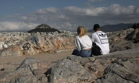 Χαμός με κορονο-πάρτι στην Αθήνα: Έξι φοιτητές από την Ιταλία θετικοί στον ιό