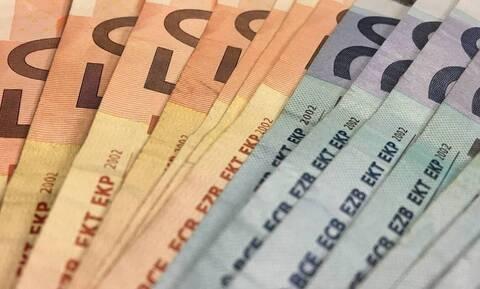 Επίδομα 800 ευρώ: Άνοιγει σήμερα η πλατφόρμα για τις δηλώσεις - Πότε πληρώνονται οι δικαιούχοι