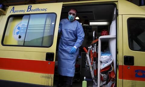 Κορονοϊός: «Διαβολοβδομάδα»! Μάχη για μείωση των κρουσμάτων και στο βάθος... εμβόλιο