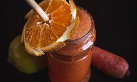 Η συνταγή για το αντιφλεγμονώδες ρόφημα που θα πίνεις κάθε πρωί