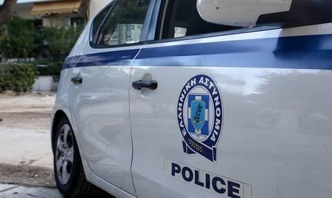 Τραγωδία στου Ρέντη: Ελεύθερος ο αστυνομικός που τραυμάτισε θανάσιμα τη σύζυγό του