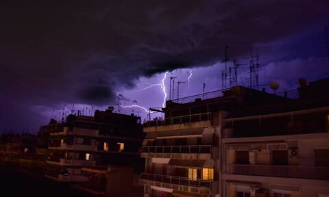 Έκτακτη προειδοποίηση για ισχυρή κακοκαιρία! Ο «Ωμέγα» εμποδιστής φέρνει καταιγίδες και χιόνια