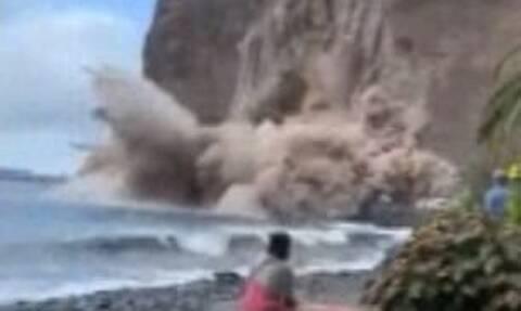 Τρομακτική στιγμή: Βουνό καταρρέει δίπλα σε τουρίστες! (video)