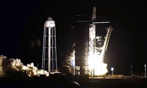 Εκτοξεύτηκε το Space X προς το Διεθνή Διαστημικό Σταθμό - Δείτε εντυπωσιακά πλάνα