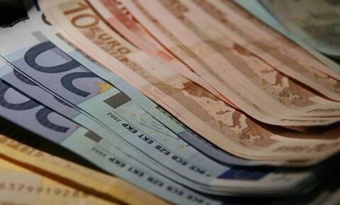 ΟΑΕΔ - Επίδομα 400 ευρώ σε ανέργους: Πότε η πληρωμή – Πώς θα δοθεί