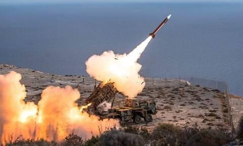 Κρήτη: Θα... βρέξει «φωτιά και ατσάλι» - Πολυεθνικές βολές Patriot στο πεδίο βολής