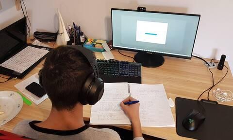 Τηλεκπαίδευση - Γκίκα στο Newsbomb.gr: Δεν υπήρξε πρόβλημα σύνδεσης, υπήρξε ενημέρωση