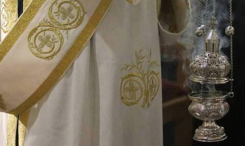 Κορονοϊός Πάτρα: Γέμισε covid εκκλησία - Θετικοί ο ιερέας, η παπαδιά και ο νεωκόρος