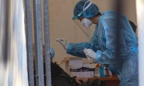 Εμβόλιο και covid-19 επηρεάζουν τις οικονομικές εξελίξεις