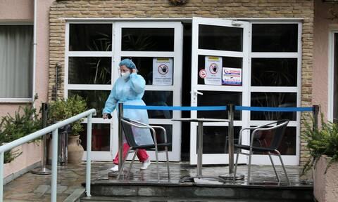 Κορονοϊός - Συναγερμός στο Αγρίνιο: Έξι κρούσματα σε γηροκομείο - Κατέληξε μια ηλικιωμένη