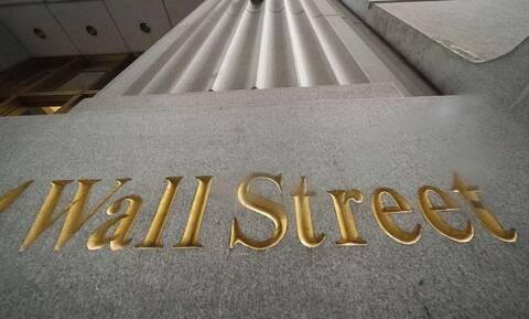 Το εμβόλιο της Moderna έφερε κέρδη και νέα ρεκόρ στη Wall Street - Άνοδος για το αργό