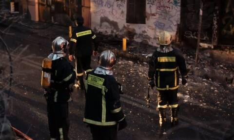 Φωτιά στην Αθήνα: Στις φλόγες παράπηγμα της Ανοιχτής Δομής Φιλοξενίας Βοτανικού