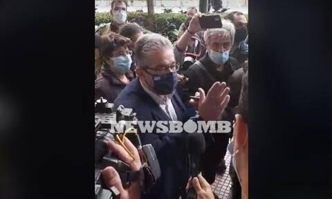 Επεισόδια Πολυτεχνείο: Έντονη διαμαρτυρία Κουτσούμπα στους αστυνομικούς της ΕΛ.ΑΣ.