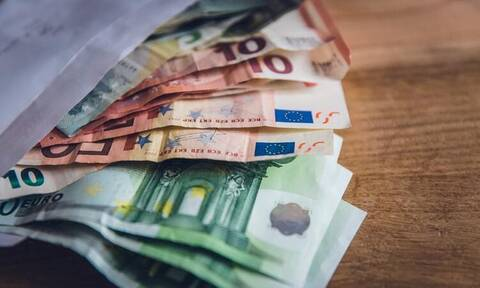 Επίδομα 800 ευρώ: Κάντε ΕΔΩ την αίτηση – Ποτέ θα γίνει η πληρωμή