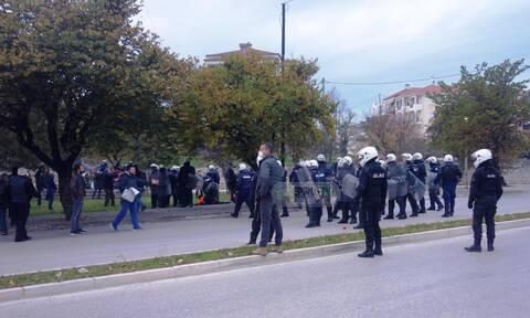 Ιωάννινα: Προσαγωγές και τραυματίες μετά τα επεισόδια στο Μνημείο του Πολυτεχνείου