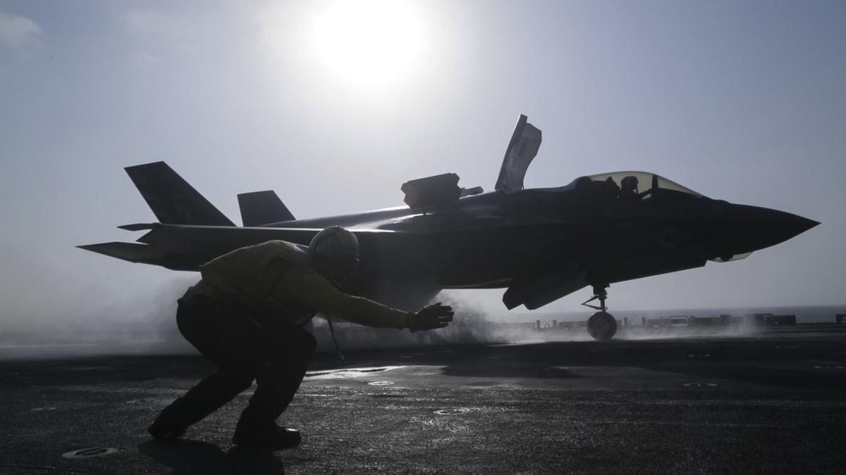 F-35-Lightning12.jpg