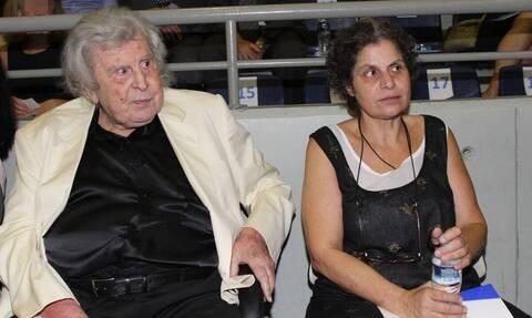 Συγκλονίζει η κόρη του Μίκη Θεοδωράκη: «Δεν έχω να φάω. Θα αυτοκτονήσω»