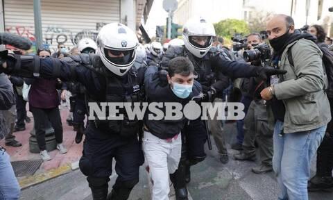 ΣΥΡΙΖΑ κατά κυβέρνησης για Πολυτεχνείο: Χρησιμοποιήθηκε ακραία αστυνομική βία