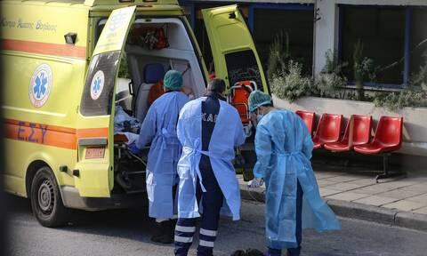 Κορονοϊός: Θρήνος σε όλη τη χώρα - Άλλοι 22 νεκροί σε λίγες ώρες στην Ελλάδα