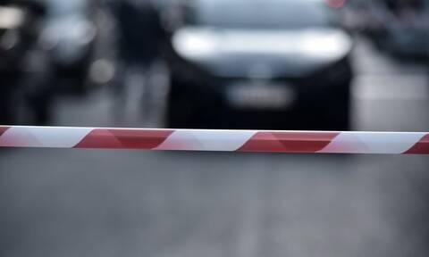 Άνδρας απειλούσε να αυτοκτονήσει στο κέντρο της Αθήνας