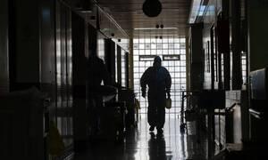 Новый антирекорд статистики по коронавирусу зафиксирован в Греции