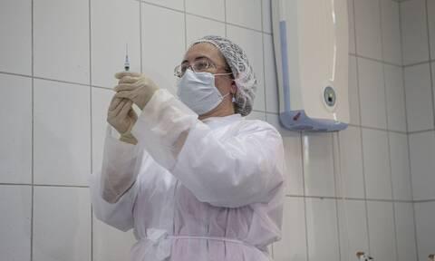 Κορονοϊός - Εμβόλιο: Επανεκκίνηση των δοκιμών για το Sputnik-V - Προχωρά το σχέδιο εμβολιασμού
