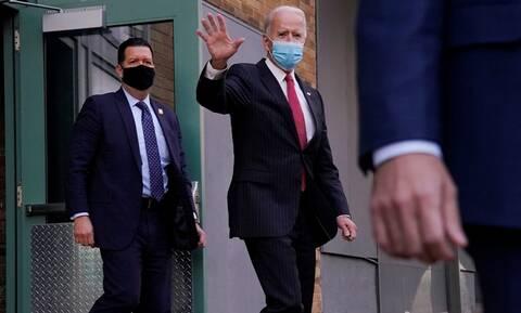 ΗΠΑ - Μπάιντεν: Εξετάζεται η χρήση μάσκας σε πανεθνικό επίπεδο