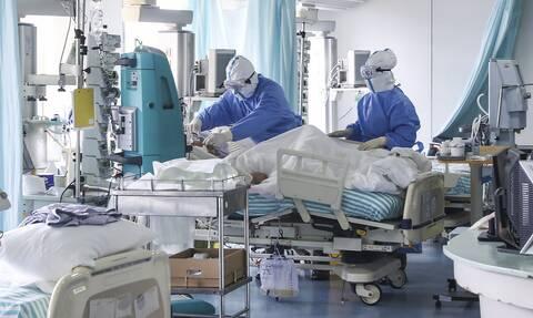 Κορονοϊός: Νέα έρευνα - Ένας στους τέσσερις ηλικιωμένους παρουσιάζει ντελίριο ως πρώτο σύμπτωμα