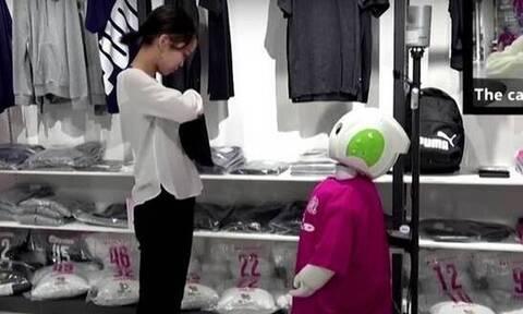 В Японии роботы начали контролировать соблюдение социальной дистанции