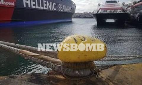 Ρεπορτάζ Newsbomb.gr: Λιμάνι - «φάντασμα» ο Πειραιάς - Χωρίς κόσμο και με δεμένα πλοία