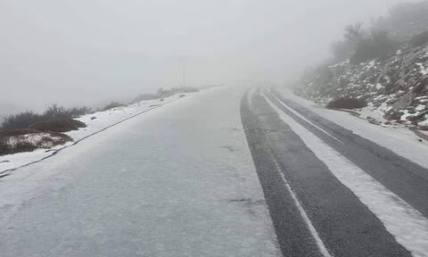 Κρήτη: Έπεσαν τα πρώτα χιόνια στον Ψηλορείτη