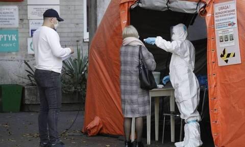 Γερμανία: Επελαύνει ο κορονοϊός -  254 θάνατοι και 22.964 νέα κρούσματα σε ένα 24ωρο