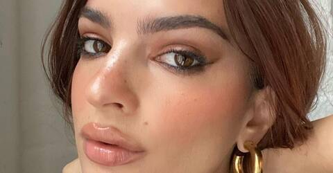 Ratajkowski: Το sexy κορίτσι του modelling μας δείχνει τη φουσκωμένη κοιλίτσα της