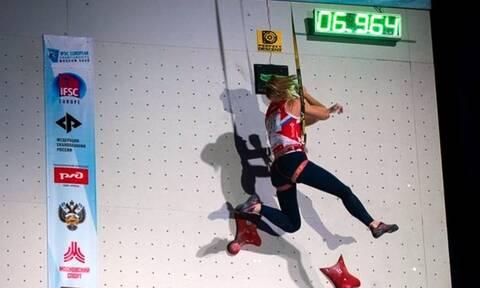 Τύφλα να έχει ο Spiderman! Τρομερό ρεκόρ Ρωσίδας στην αναρρίχηση  (photos+video)