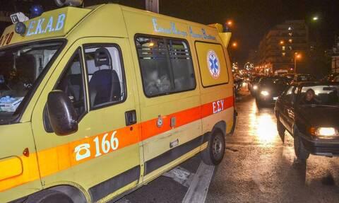 Τροχαίο στη Θεσσαλονίκη: Σφοδρή σύγκρουση μηχανής με ΙΧ αυτοκίνητο