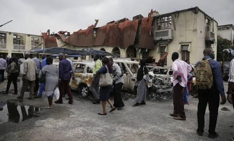 Νιγηρία: Πέντε μουσουλμάνοι σκοτώθηκαν - Τουλάχιστον 18 απήχθησαν από επίθεση σε τέμενος