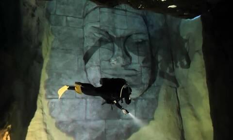 Η βαθύτερη πισίνα στον κόσμο – «Κρύβει» ερείπια των Μάγια, σπήλαια και ναυάγιο (vid)