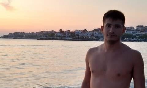 Θρήνος στις Σέρρες για τον 25χρονο Θοδωρή που πέθανε από κορονοϊό