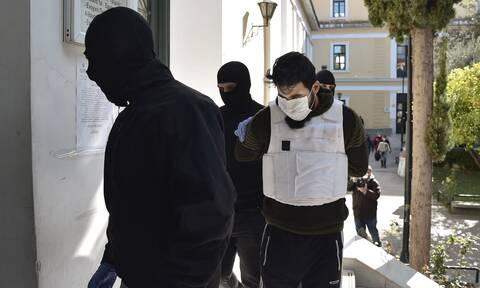 Νέα προθεσμία για αύριο ζήτησε ο τζιχαντιστής που συνελήφθη στον Ελαιώνα
