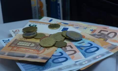 Συντάξεις: Για ποιους αναμένονται αυξήσεις έως 204 ευρώ - Πότε καταβάλλονται τα αναδρομικά