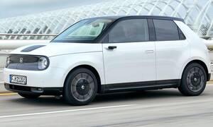 H Βρετανία θα απαγορεύσει τα συμβατικά αυτοκίνητα από το 2030