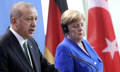 «Πλάτες» 1,5 δισ. ευρώ σε βάρος της Ελλάδας - Έτσι εκβιάζει ο Ερντογάν τη Μέρκελ