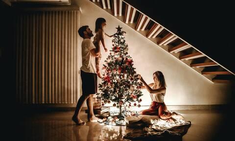 Πώς θα κάνουμε Χριστούγεννα σύμφωνα με τον ΠΟΥ