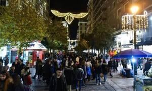 Δημοψήφισμα Newsbomb.gr: Θέλετε να ανοίξει η αγορά και η εστίαση τα Χριστούγεννα;