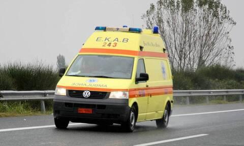 Τραγικό δυστύχημα στην Κοζάνη: Νεκρή 65χρονη - Καταπλακώθηκε από καρότσα γεμάτη ξύλα
