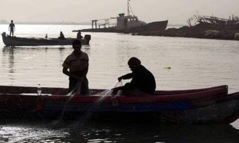 Το μυστήριο με τη δερματοπάθεια των ψαράδων – Φόβοι για μεταδοτική νόσο