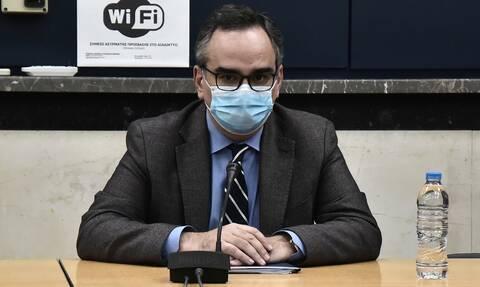 Αποκάλυψη Κοντοζαμάνη: Πότε θα γίνει η μονιμοποίηση των γιατρών στις ΜΕΘ