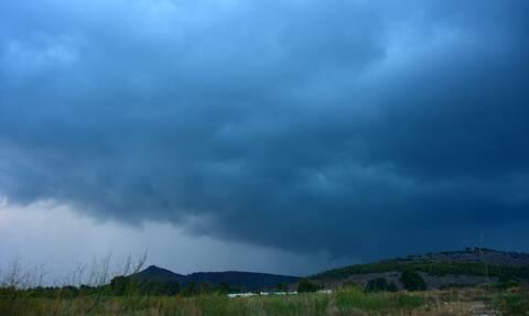 Καιρός: Νέα «βουτιά» της θερμοκρασίας την Τετάρτη - Πού αναμένονται βροχές