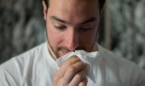 Κορονοϊός ή κοινό κρυολόγημα; Όσα πρέπει να γνωρίζουμε πριν ανησυχήσουμε